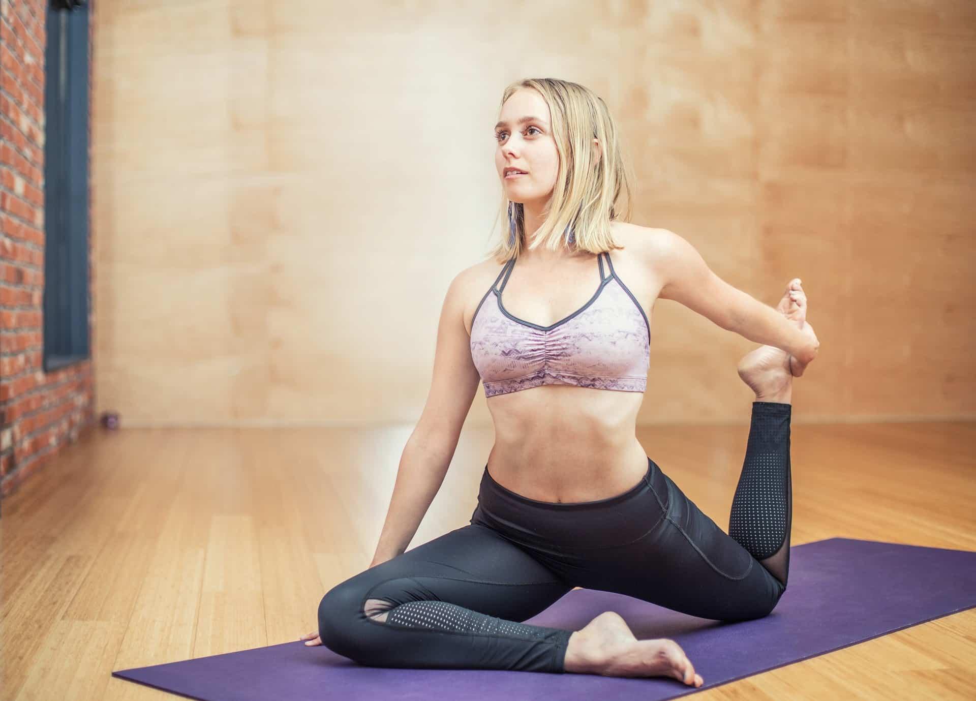 exercícios com faixa elástica 8