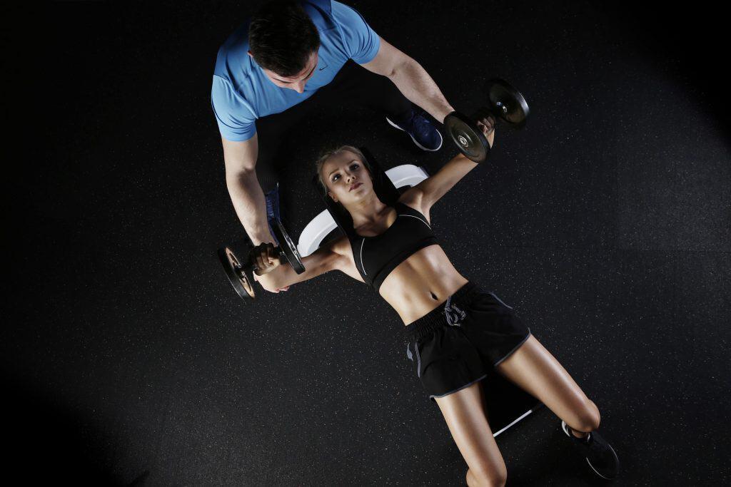 treino de costas com halteres 2